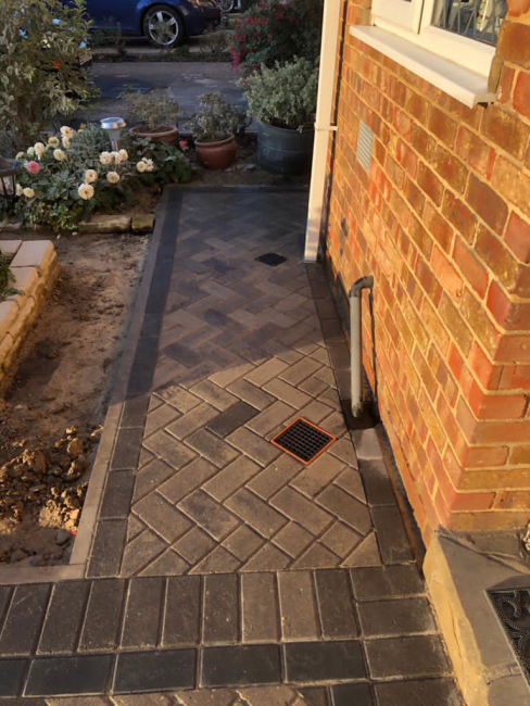 Block Paved Driveway in Staines