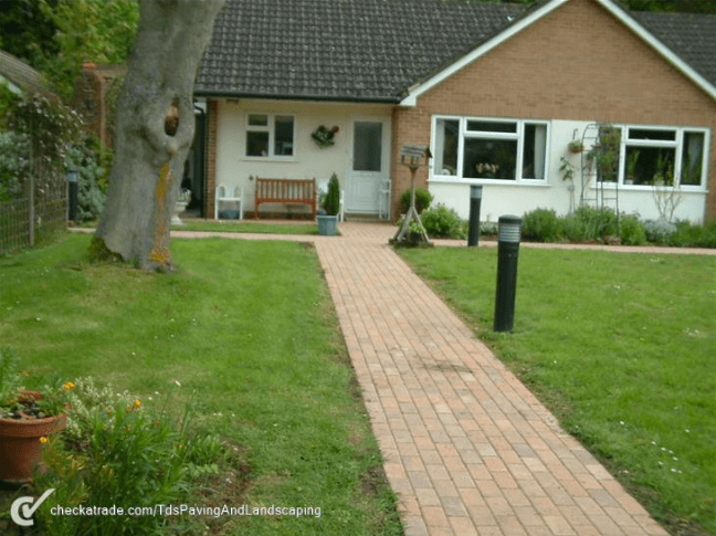 Weekly Landscaping Manchester
