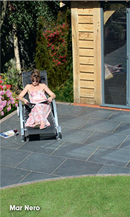 Vitripiazza porcelain paving
